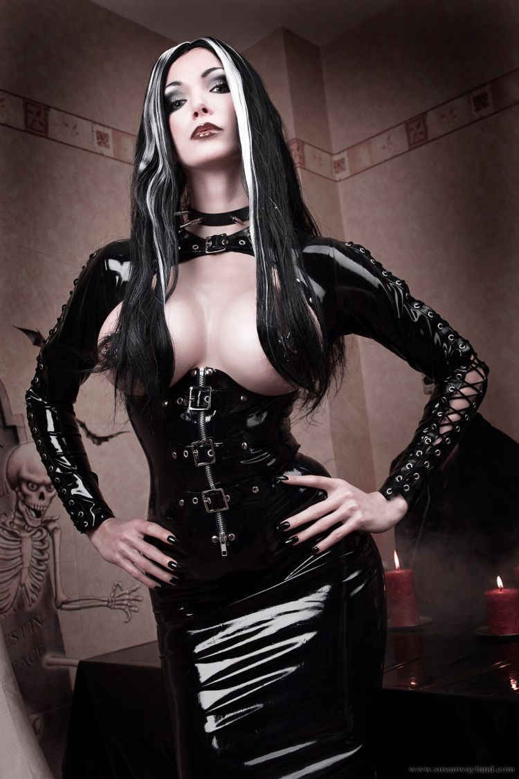 Gothic sex latex