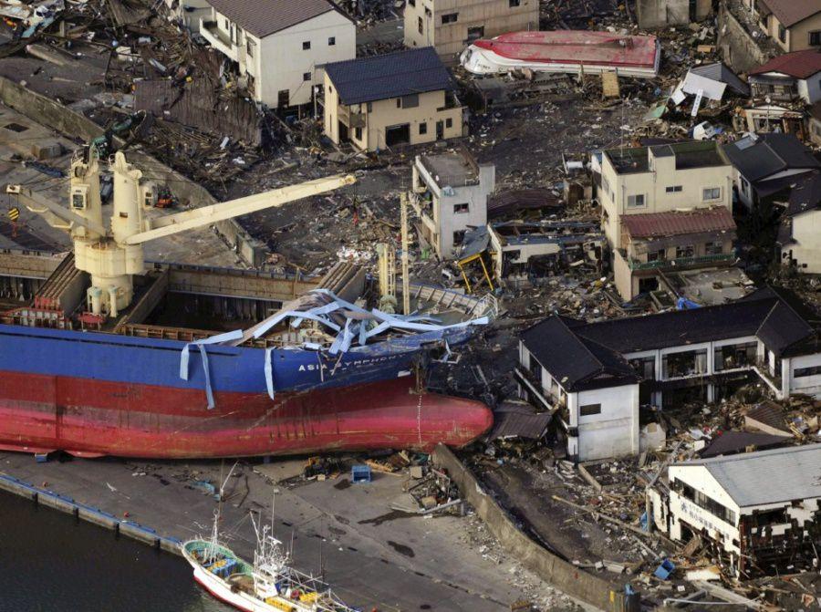 Япония. После землетрясения и цунами...