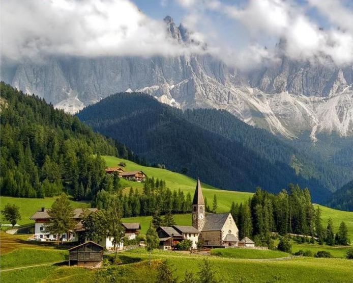 Доломитовые Альпы. Сокровище Италии