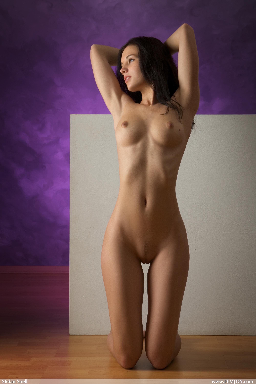 Фото голой девченки 18 фотография
