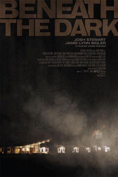 В темноте / Beneath the Dark (2010) DVDRip