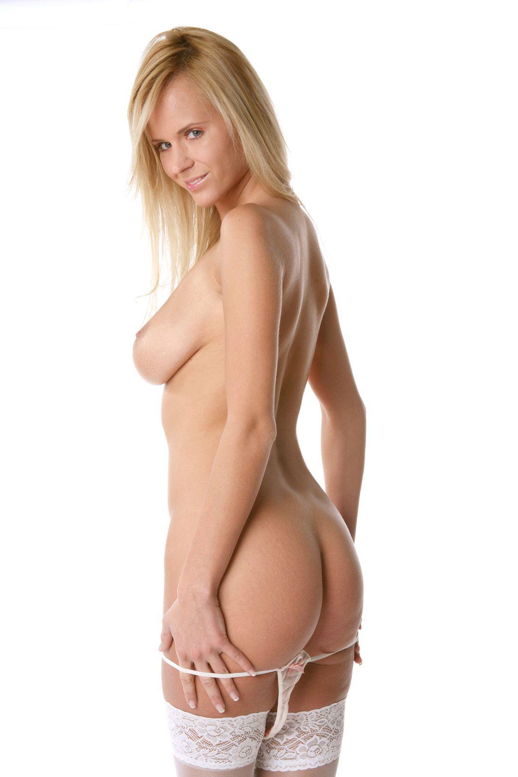 Girl naked farting gallery