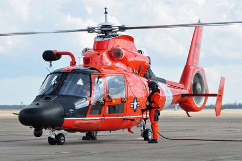 Береговая охрана США получает обновленные вертолеты MH-65D Dolphin