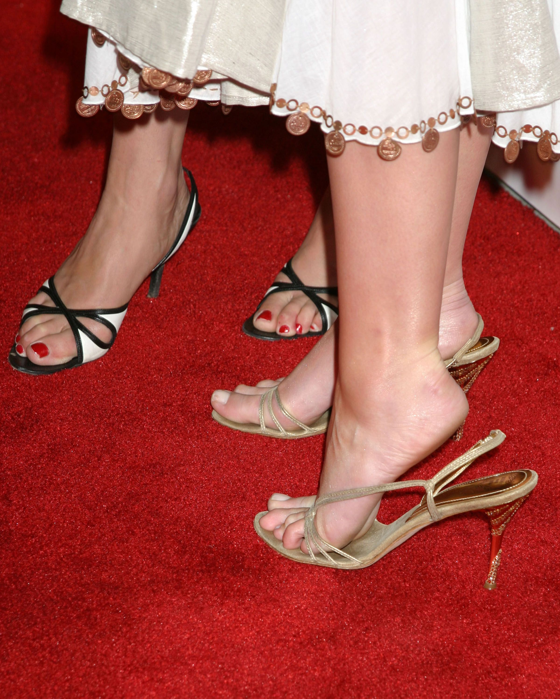 Смотреть бесплатно онлайн красивые женские ножки 25 фотография