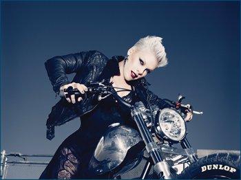 http://i2.imageban.ru/out/2011/12/22/a9bc550888817df8fc0738c41bd7643b.jpg