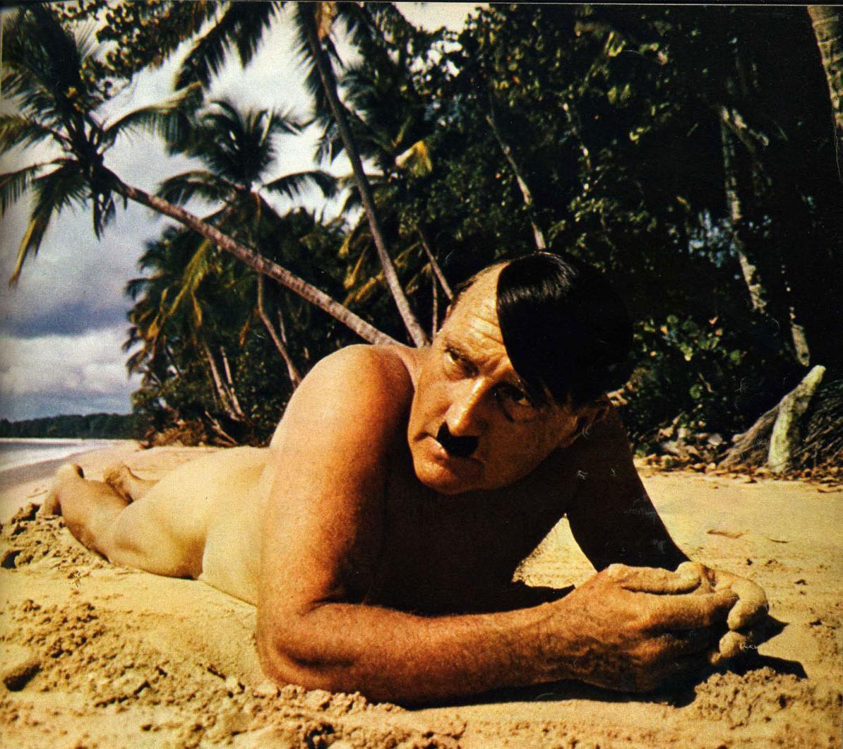 Усатый голый мужик 18 фотография
