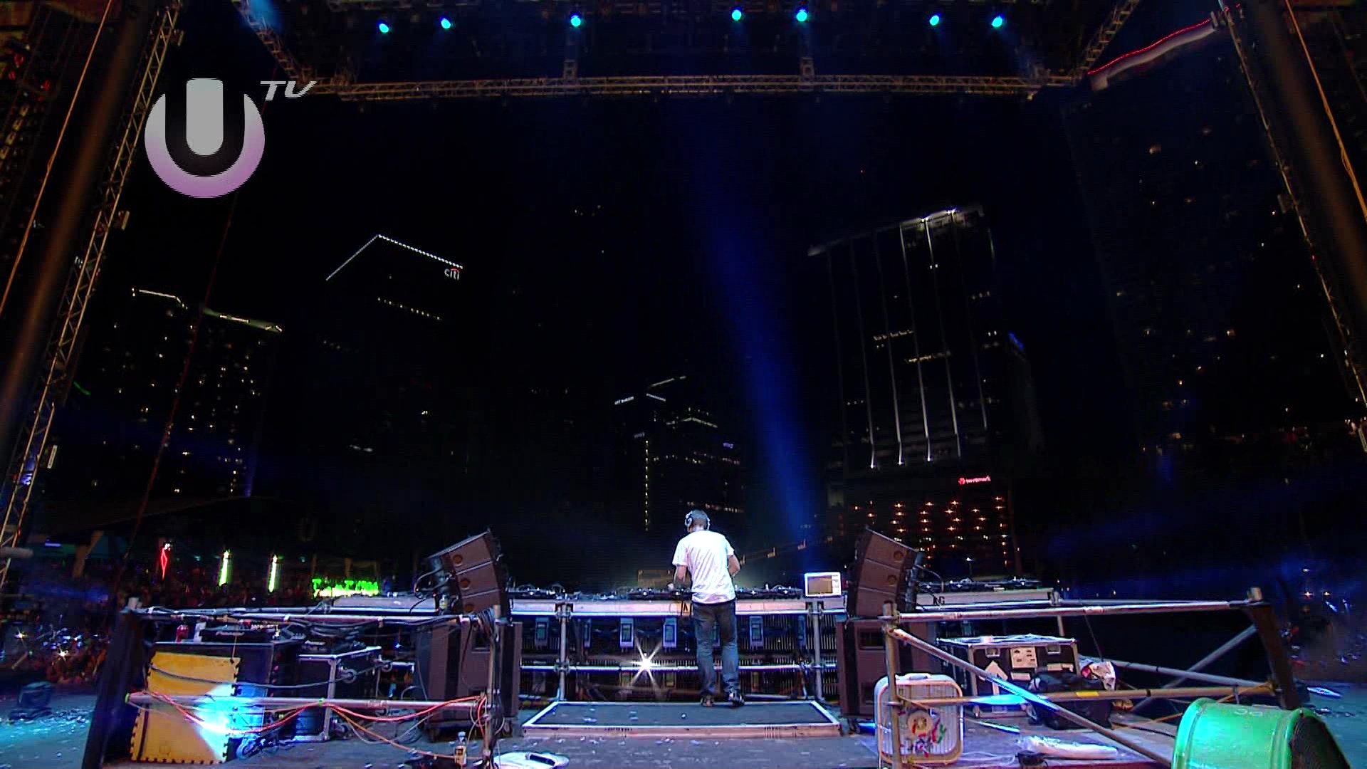 Armin van Buuren / LIVE in Miami USA 25 March / Ultra Music Festival (2012) HDTVRip