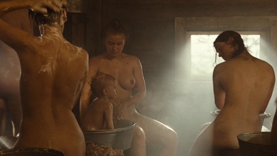 smotret-porno-v-zhenskoy-obshage