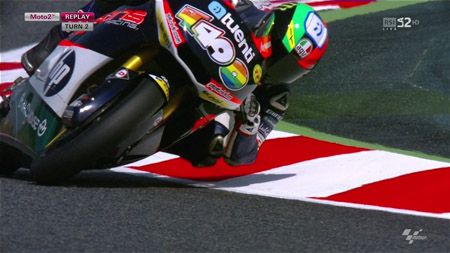Moto Grand Prix (Moto2). 2012. 5/18. ����-��� ���������. ������������, ����� (RSI LA2HD, Sport1 Live HD) [HDTVRip-AVC 720p 50fps, RUS/ENG/ITA/INT]