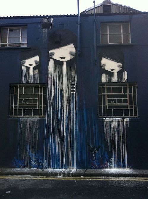 «Пугающий» стрит-арт