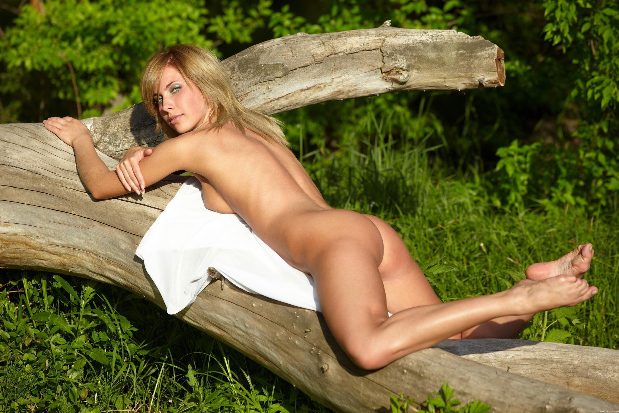 eastern-european-nude-pics-blair-porn-first