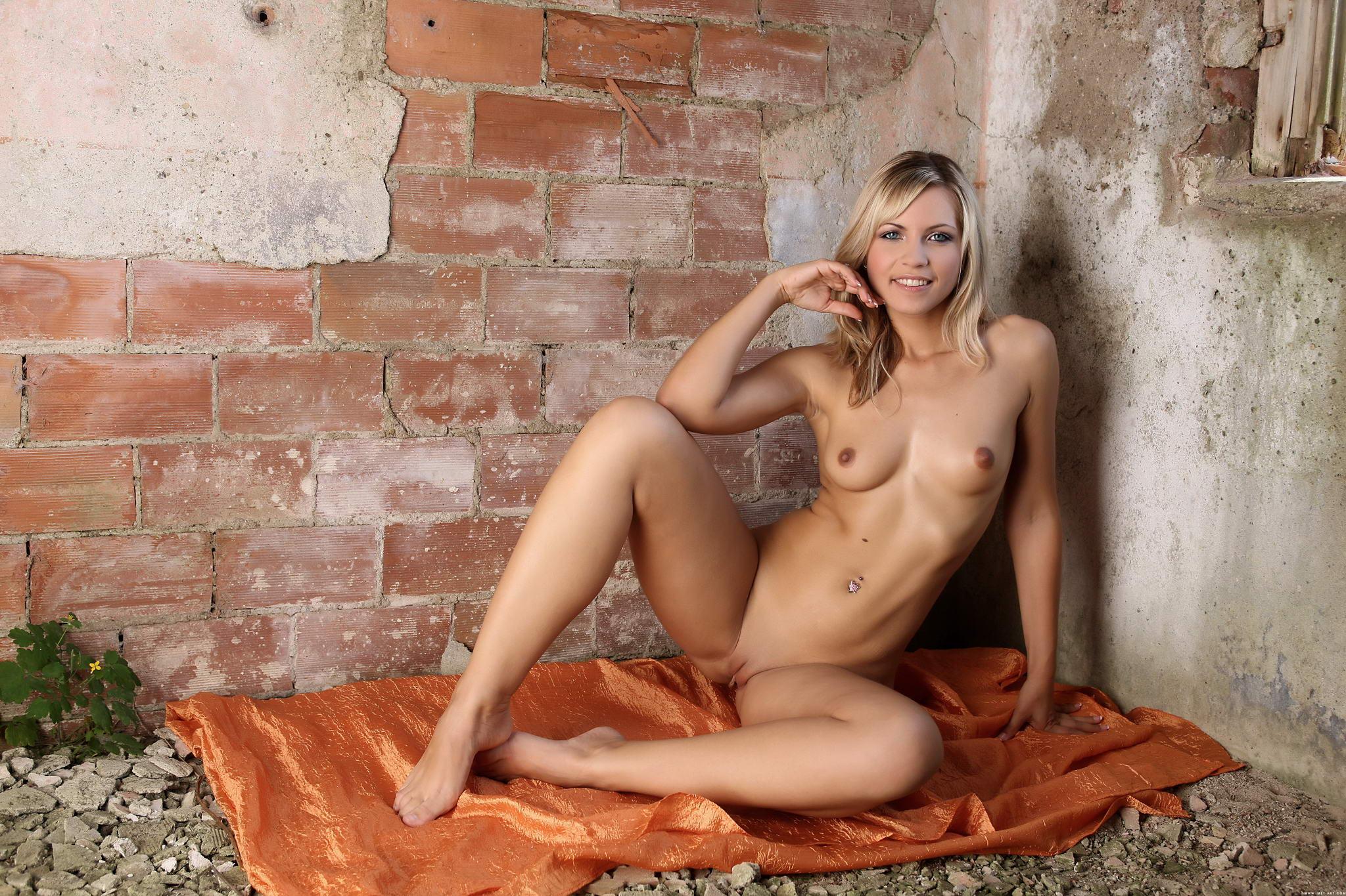 Секс на руинах 6 фотография
