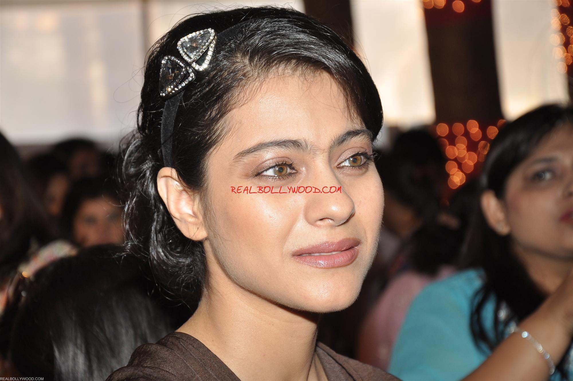 Индийские актёры без макияжа фото до и после