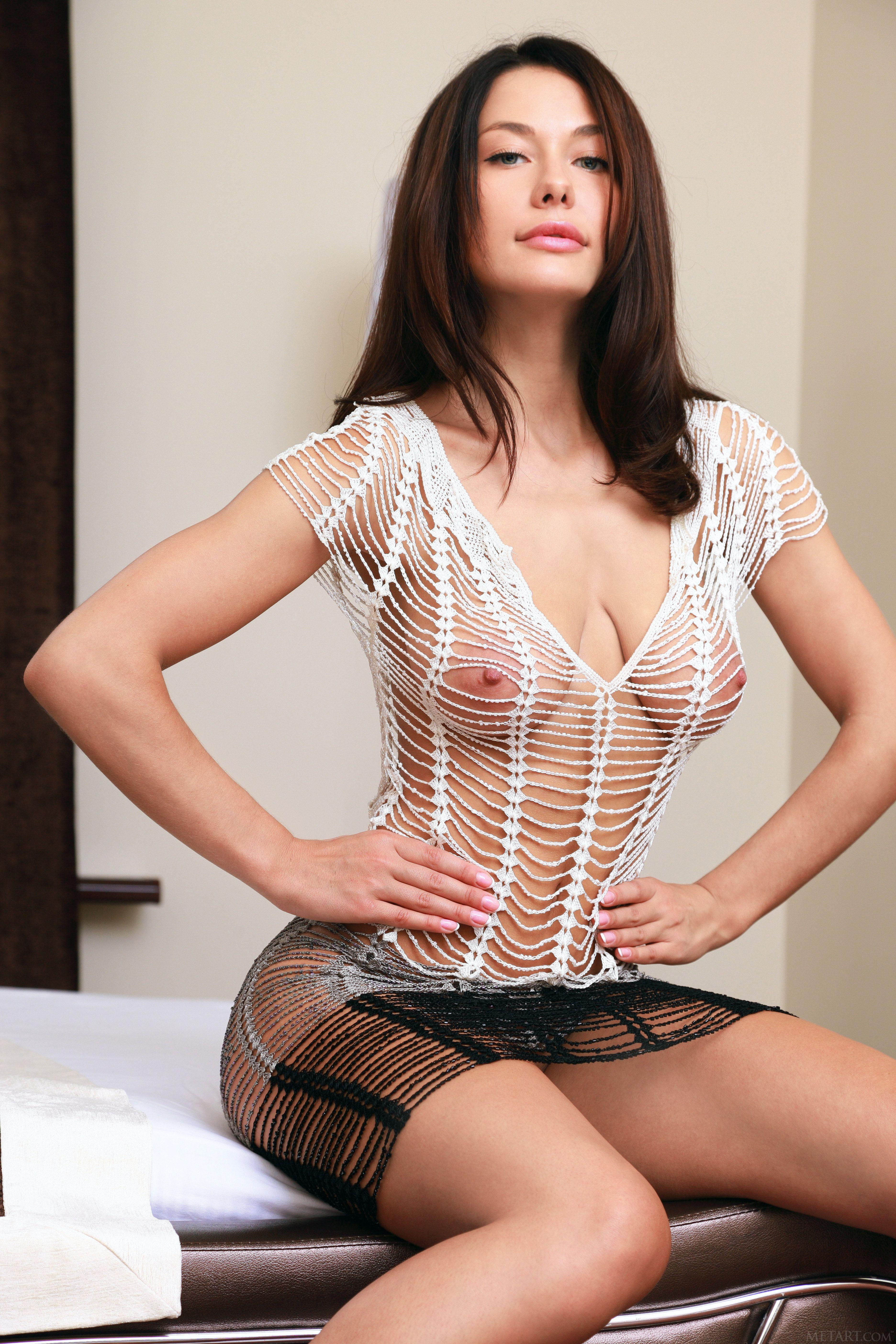 Сексуальные женщины с красивой грудью 8 фотография