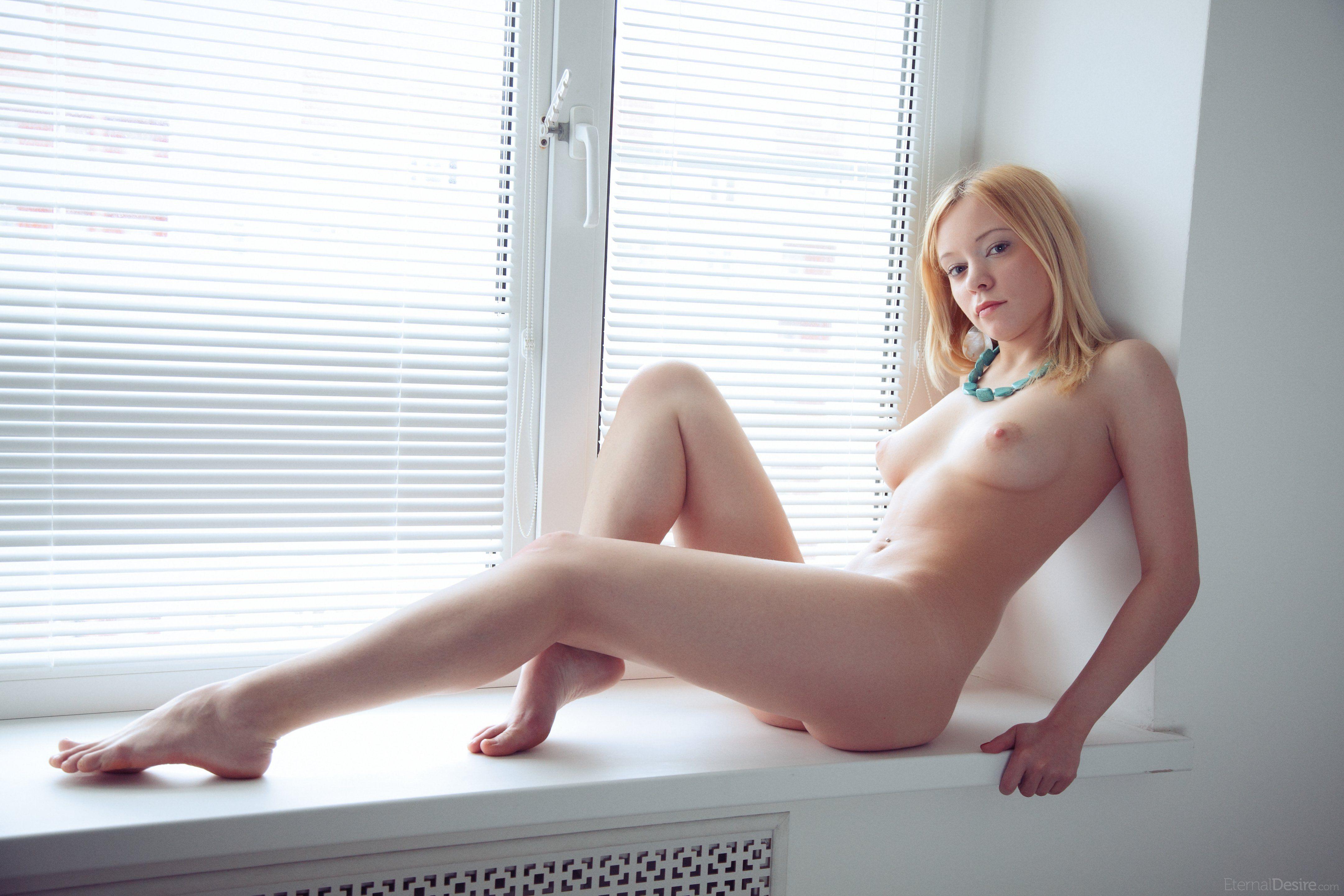 http://i2.imageban.ru/out/2013/05/16/92ae1272705813b61c74255f340ab9e5.jpg