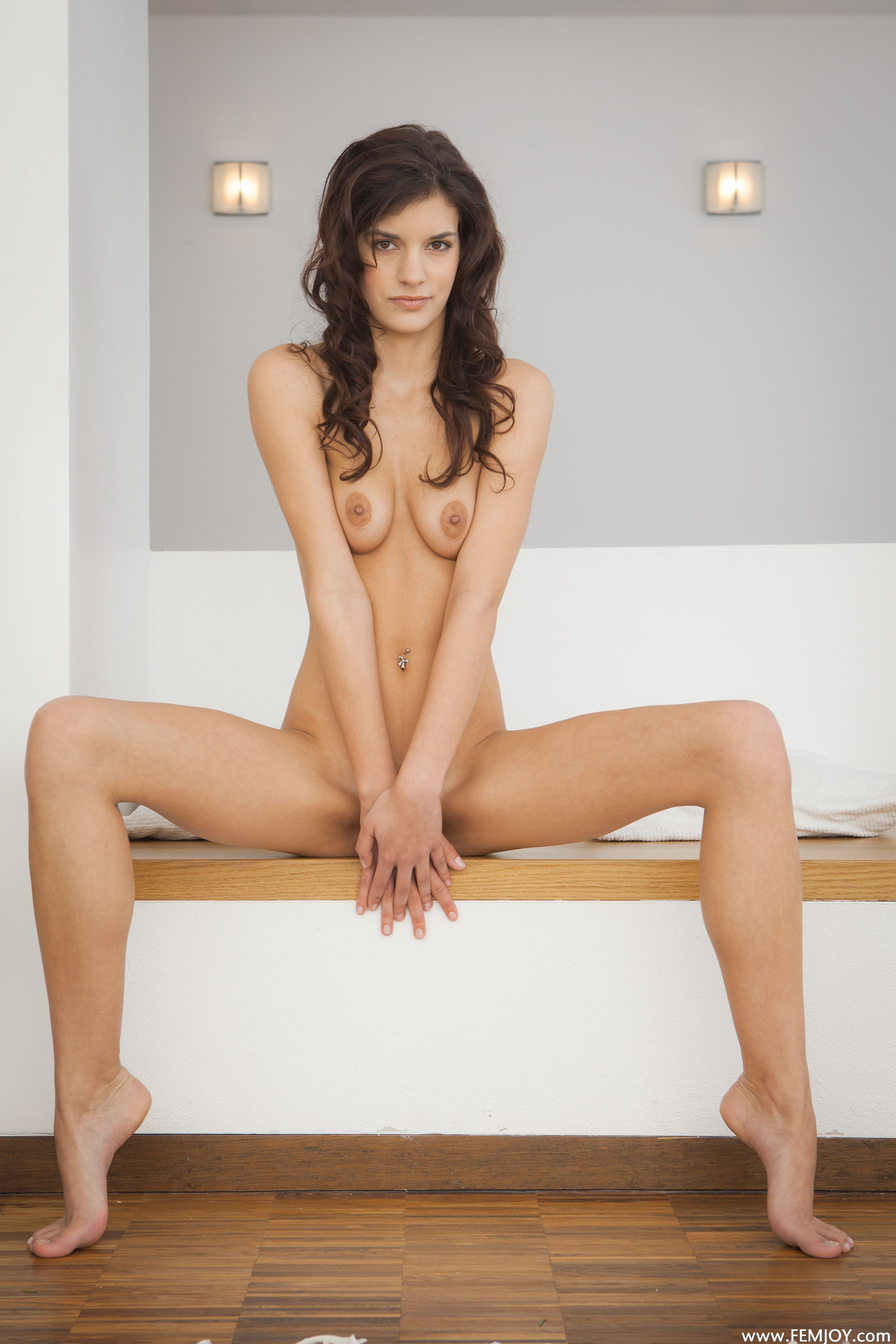http://i2.imageban.ru/out/2013/11/13/24e1662a757dbf79baf2ecde6cdfe66a.jpg