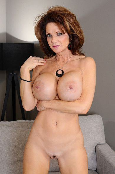Deauxma & Ike Diezel - My Friends Hot Mom (February 06, 2014) [HD 1080p]