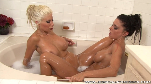 Jessica Jaymes, Puma Swede - PUMA AND I IN MY BATH (2014) [HD 1080p]