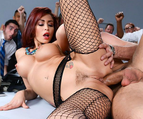 Monique Alexander - The Whore of Wall Street Ep-2: The Anal Office Queen (April 8, 2014) [HD 720p]