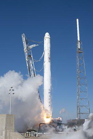 Над Благовещенском взорвалась вторая ступень Falcon 9