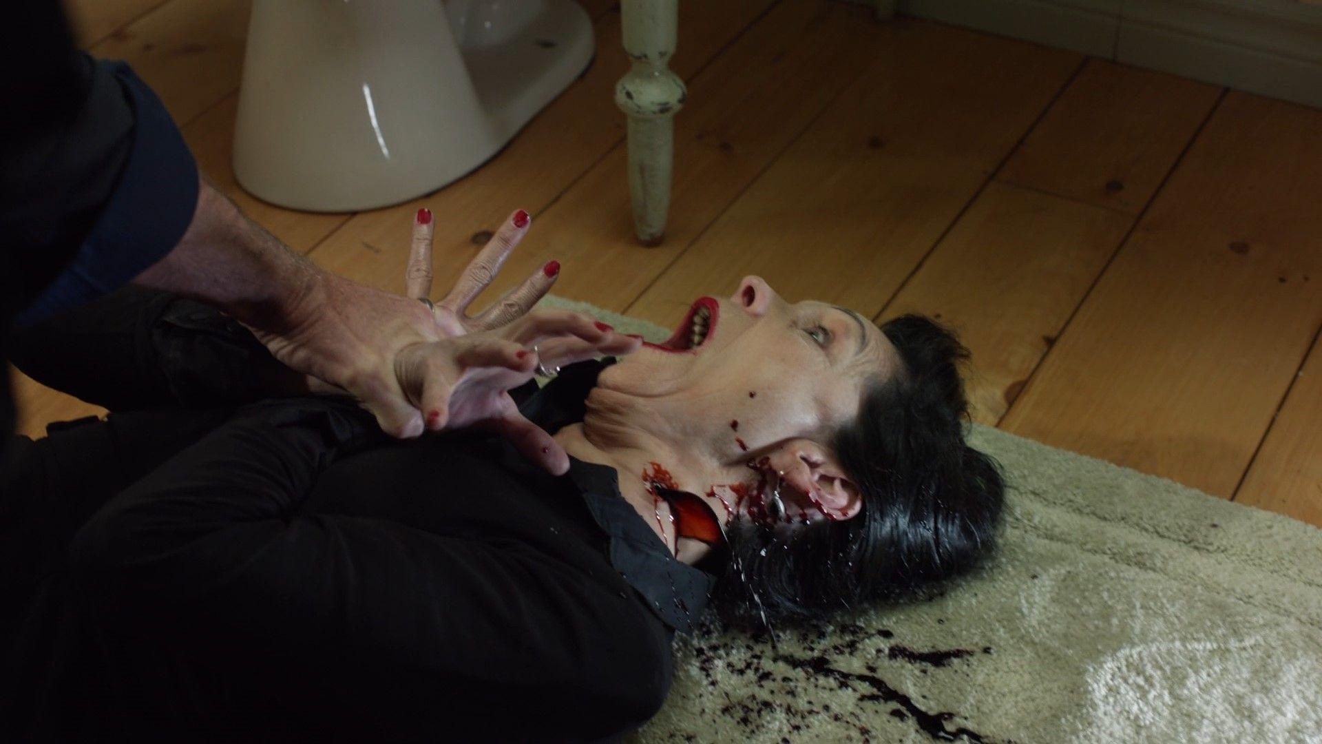 Мешок с костями / Bag of bones / Серии 1-2 из 2 (2011) WEB-DL 1080p | AlexFilm & NewStudio