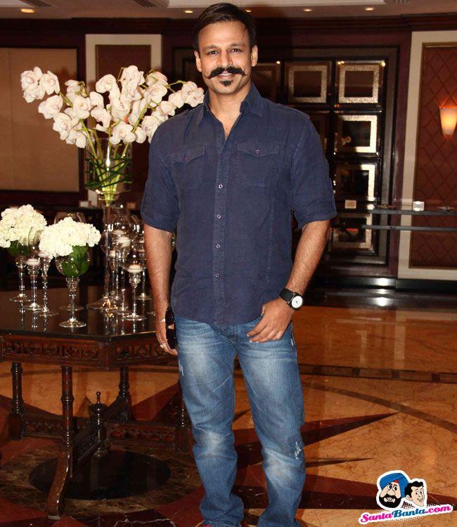 vishal-bhardwaj-launches-his-movie-books-8.jpg