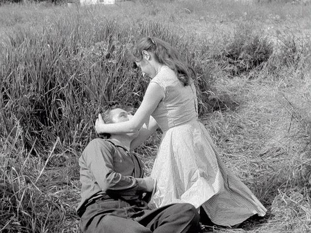 Meeuwen.sterven.in.de.haven.1955.dvdrip_[1.46][(023250)22-31-09].PNG