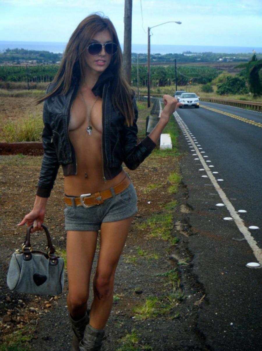 Автостопщица