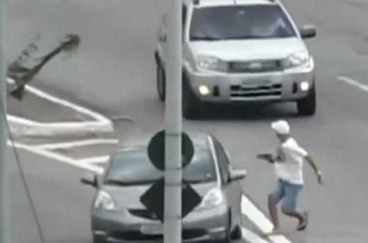 Обычные Бразильские водители :)
