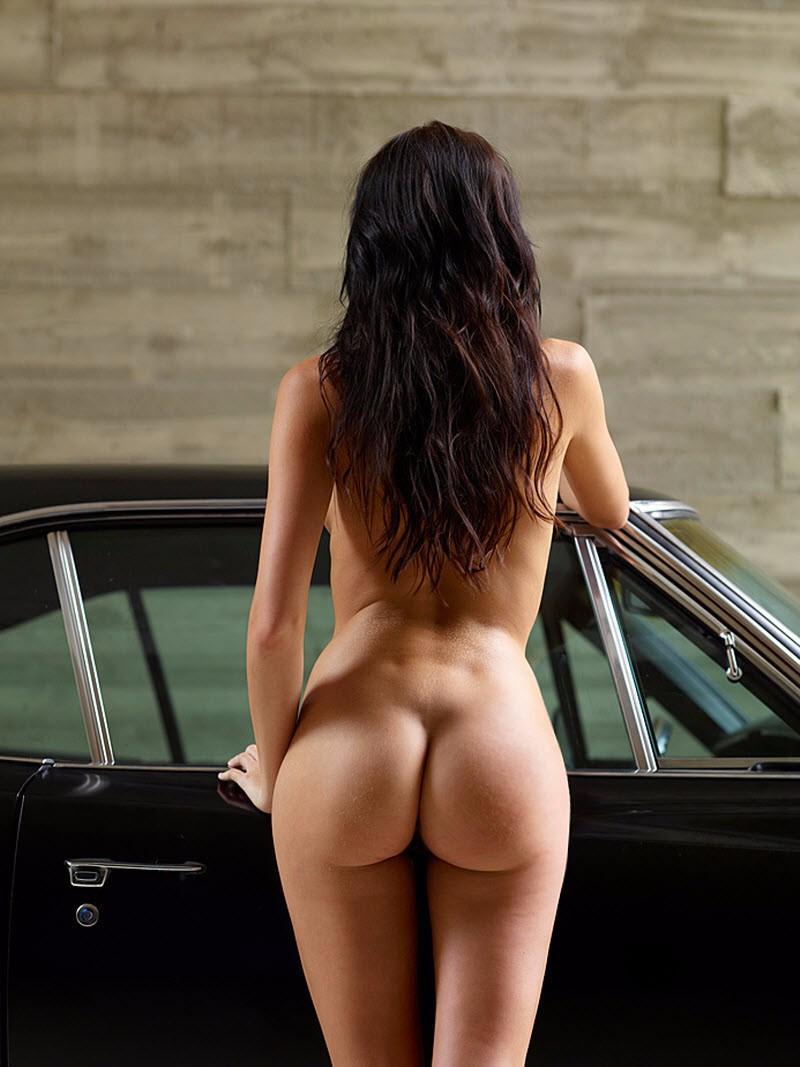 Возле авто