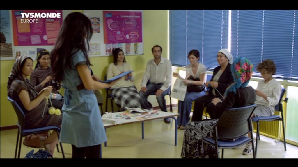 [apreder]MM_Le_gynecologue_et_son_interprete(2014)DVB-0-15-31-870.png