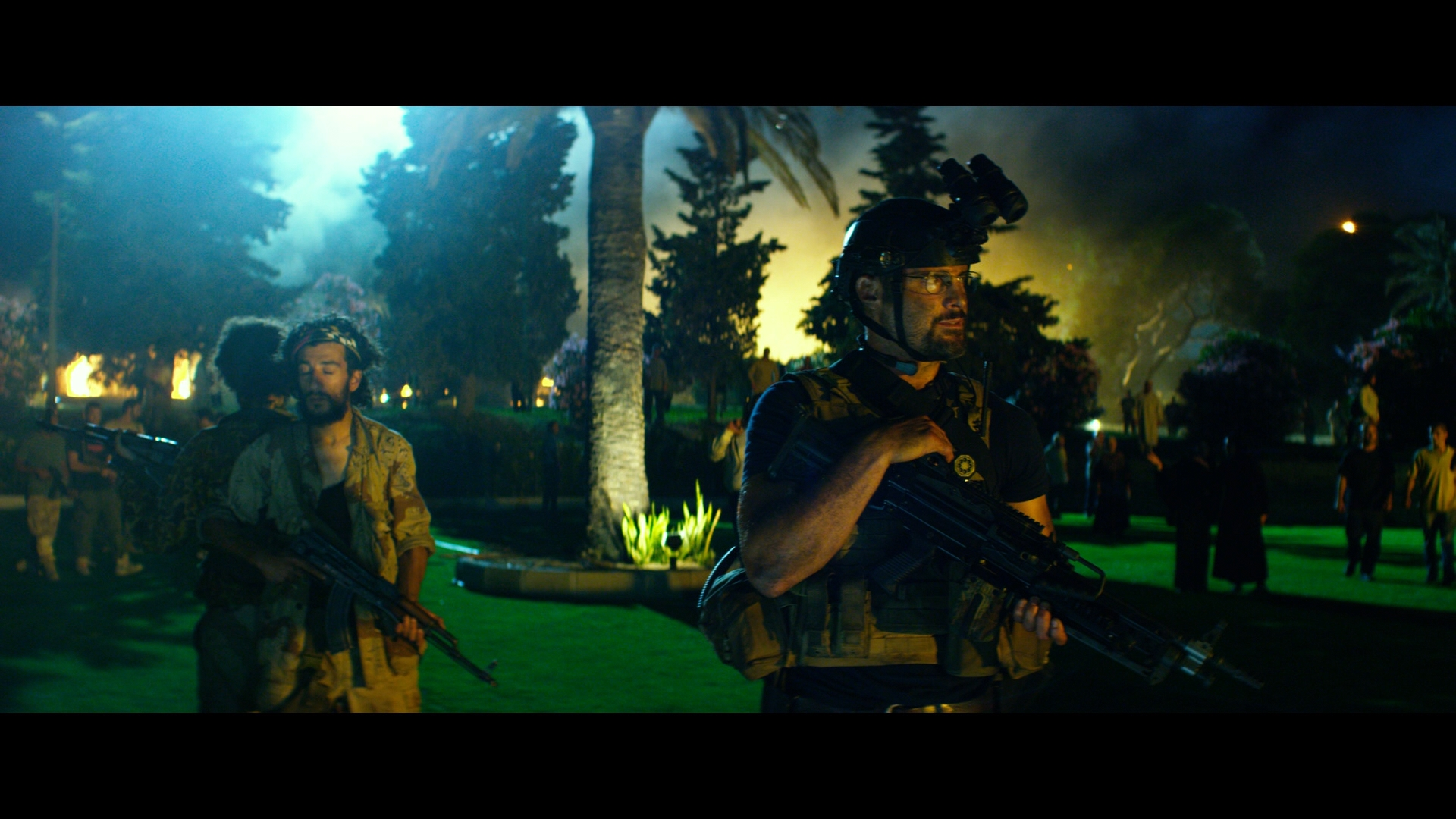 13 Hours: The Secret Soldiers of Benghazi (2016) BDRemux ...
