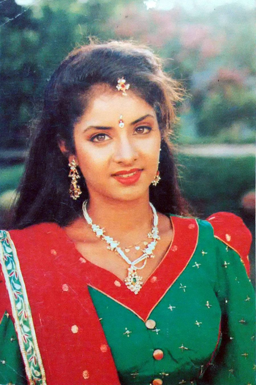 Was Divya Bharti s Death an Accident, Suicide or a Murder? - Masala! Actress divya bharti marriage photos