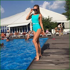 http://i2.imageban.ru/out/2016/08/04/e80ecbf198259dee9dd20c468d407916.jpg