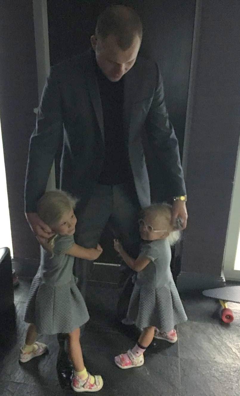 виктория лопырева с родителями фото