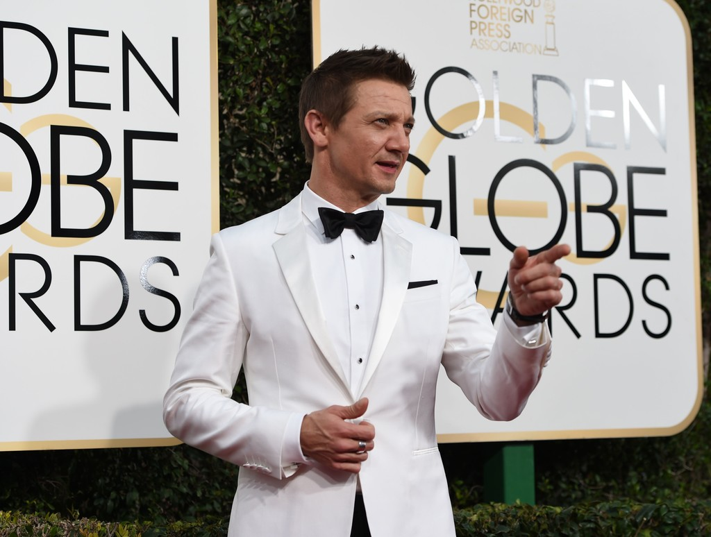 Jeremy+Renner+74th+Annual+Golden+Globe+Awards+4GStpqEonIux.jpg