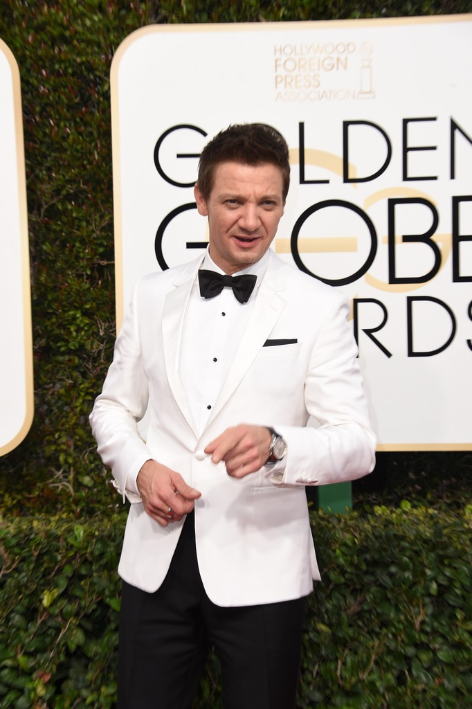 Jeremy+Renner+74th+Annual+Golden+Globe+Awards+u052hchal4hx.jpg