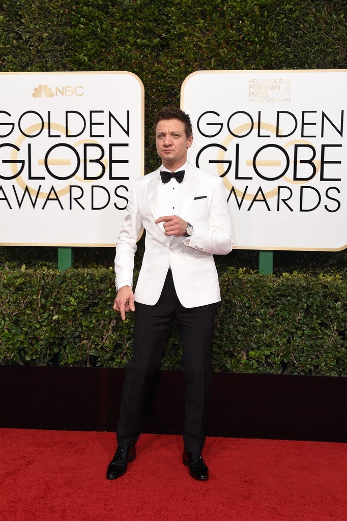 Jeremy+Renner+74th+Annual+Golden+Globe+Awards+TLqCDi3-2hBx.jpg