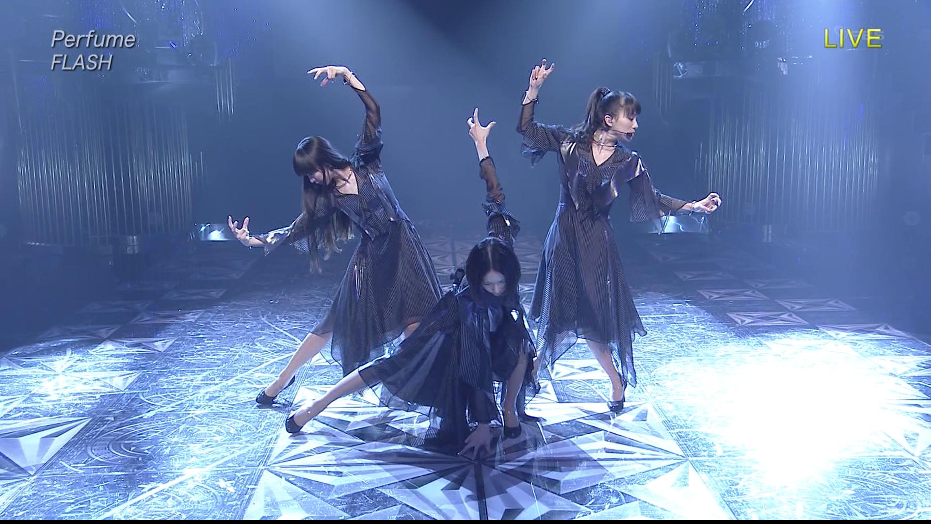20170403.0228.1 Perfume - Flash (NTV Best Artist 2016.11.29) (JPOP.ru).jpg