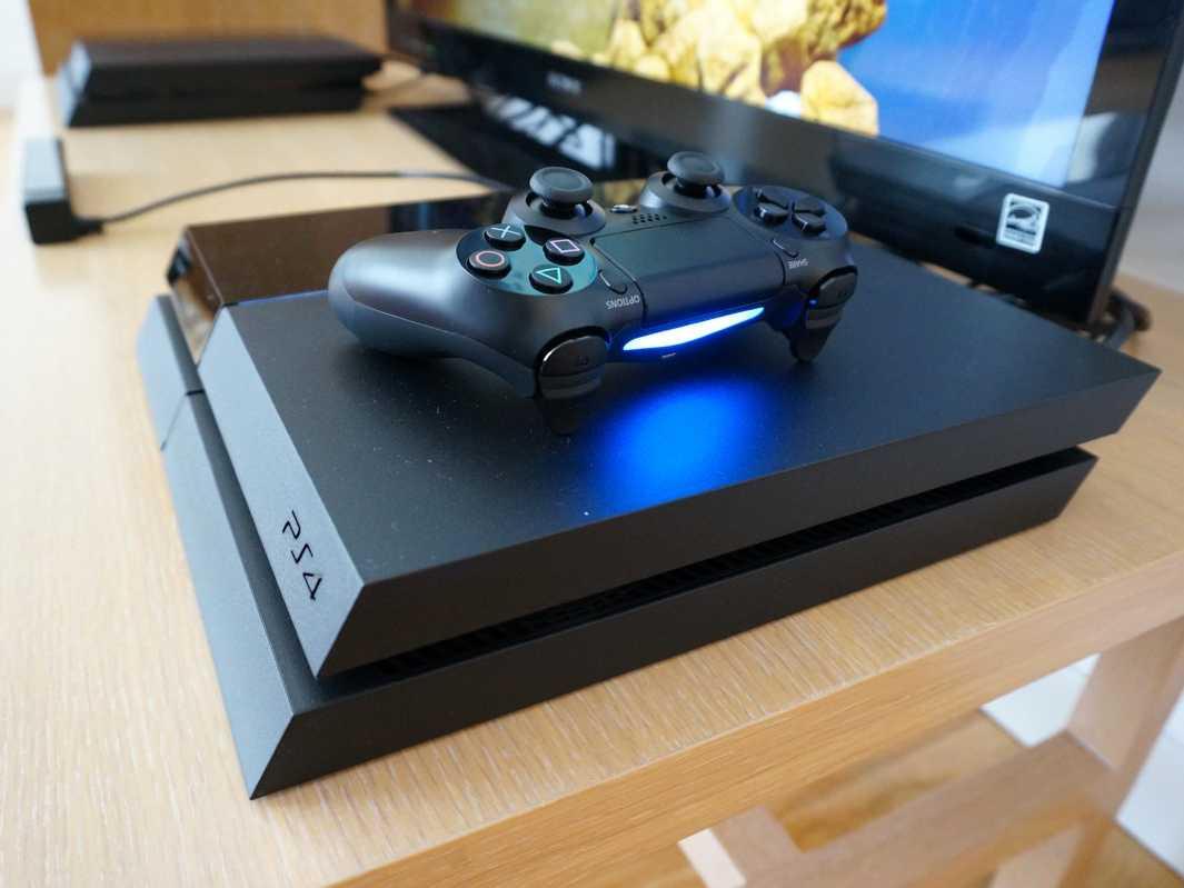 PlayStation 4: характеристики игровой консоли