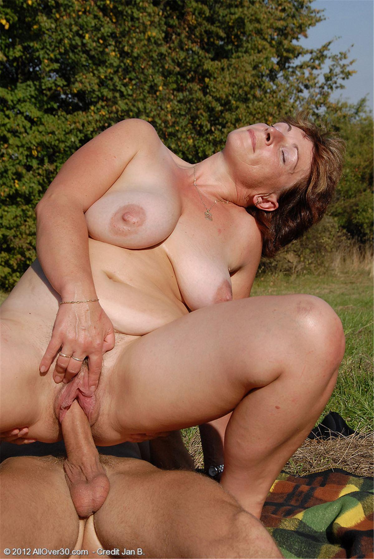Порно большие зрелые дамы — 6