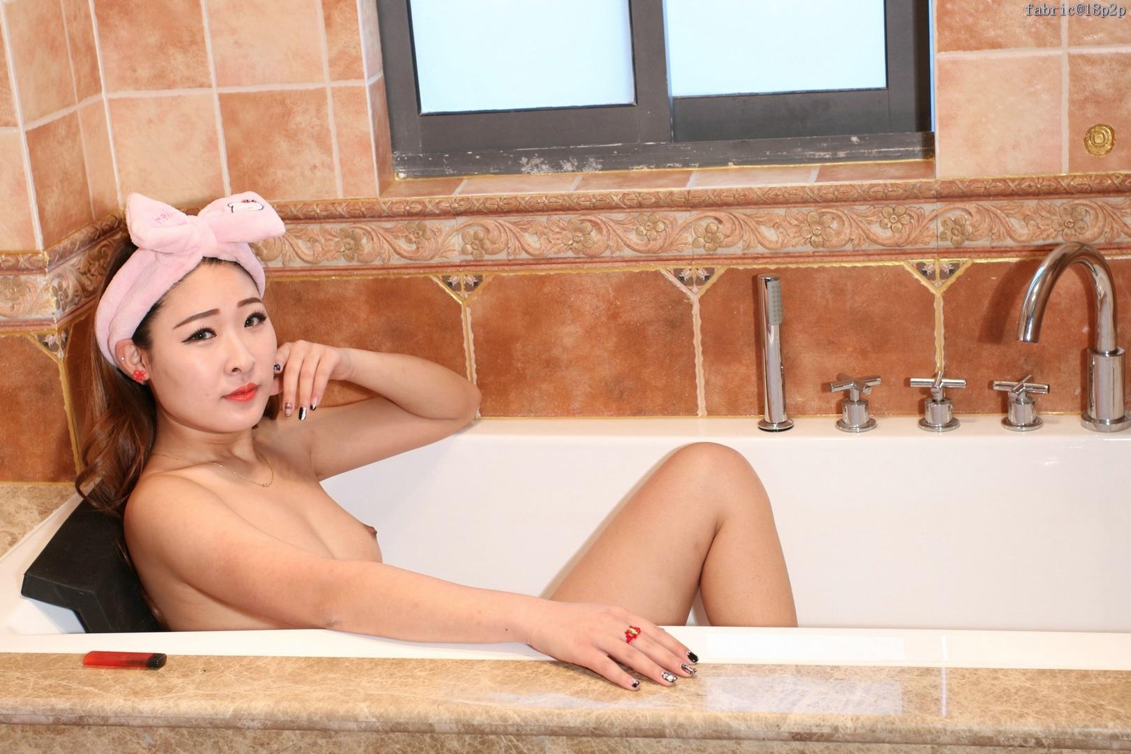 [国模][杨丽]靓丽少妇露出诱人的美乳、美鲍私拍套图003 [26P]
