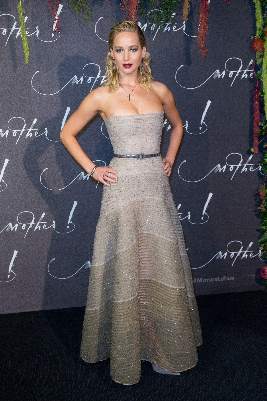 Jennifer Lawrence Busty In Glamour Magazine   ClipSex.Pw