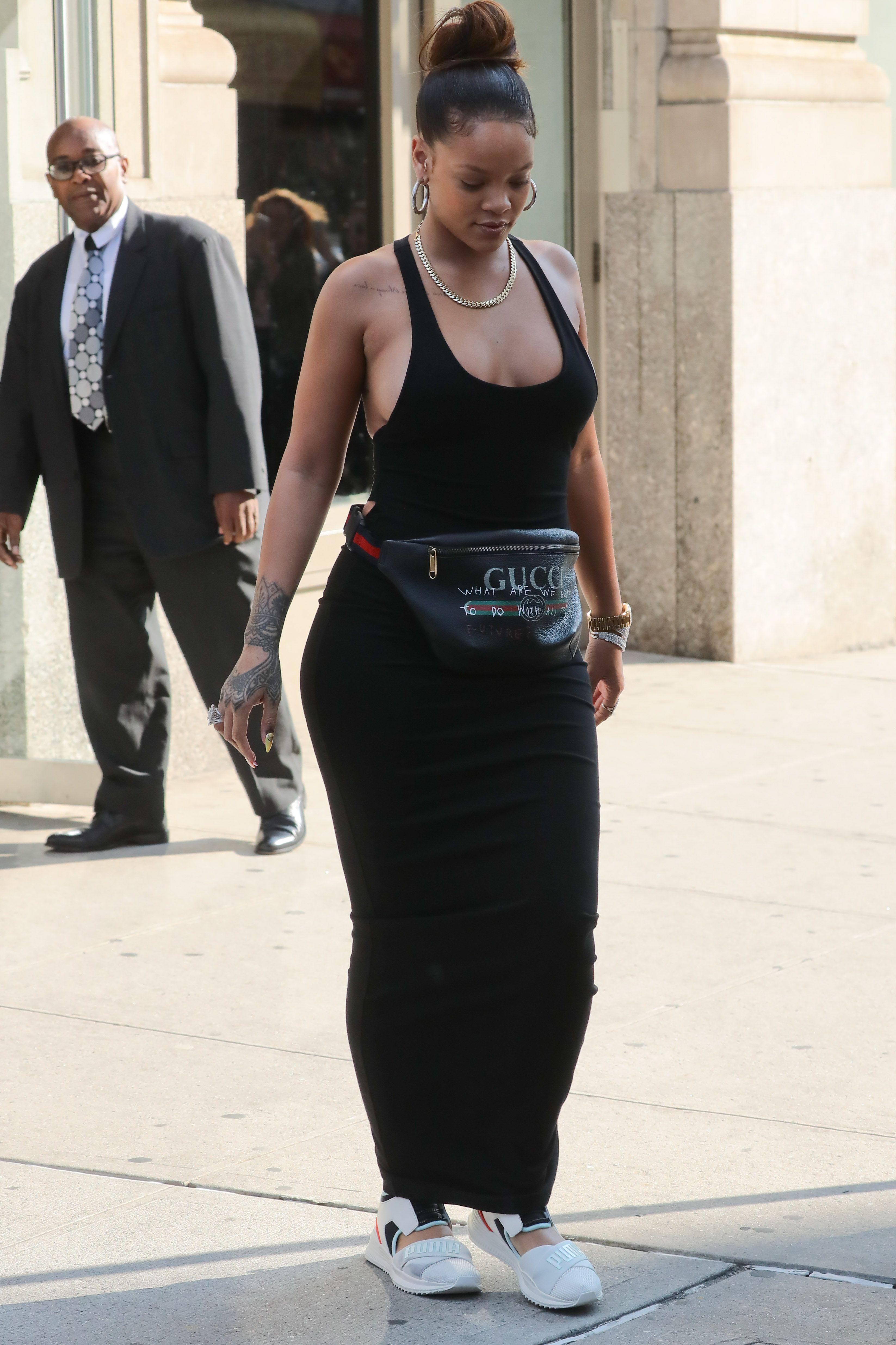 Rihanna-Braless-18-thefappeningblog.com_.jpg