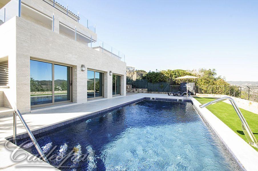 Поездка в испанию недвижимость