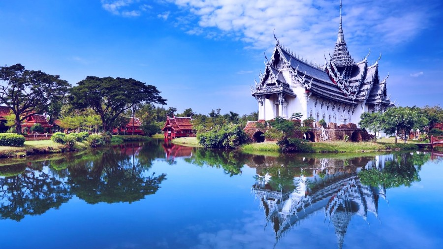Тайский дворец