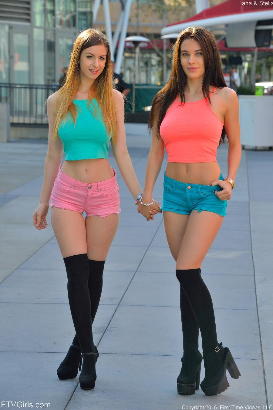 Яркие девчонки