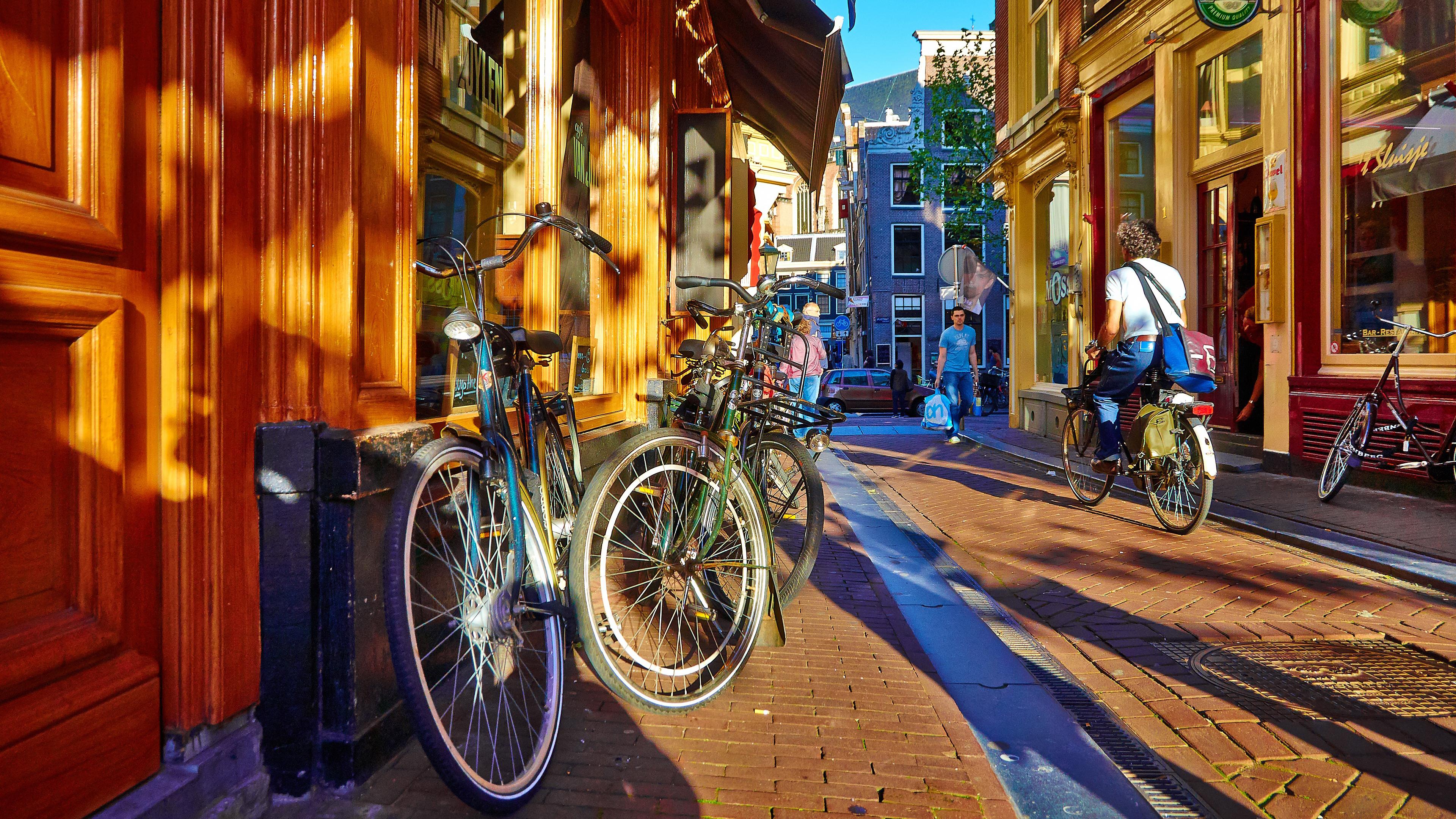 Обои для рабочего стола - Весёлый Амстердам 3840x2160 [50шт.] (2017) JPG