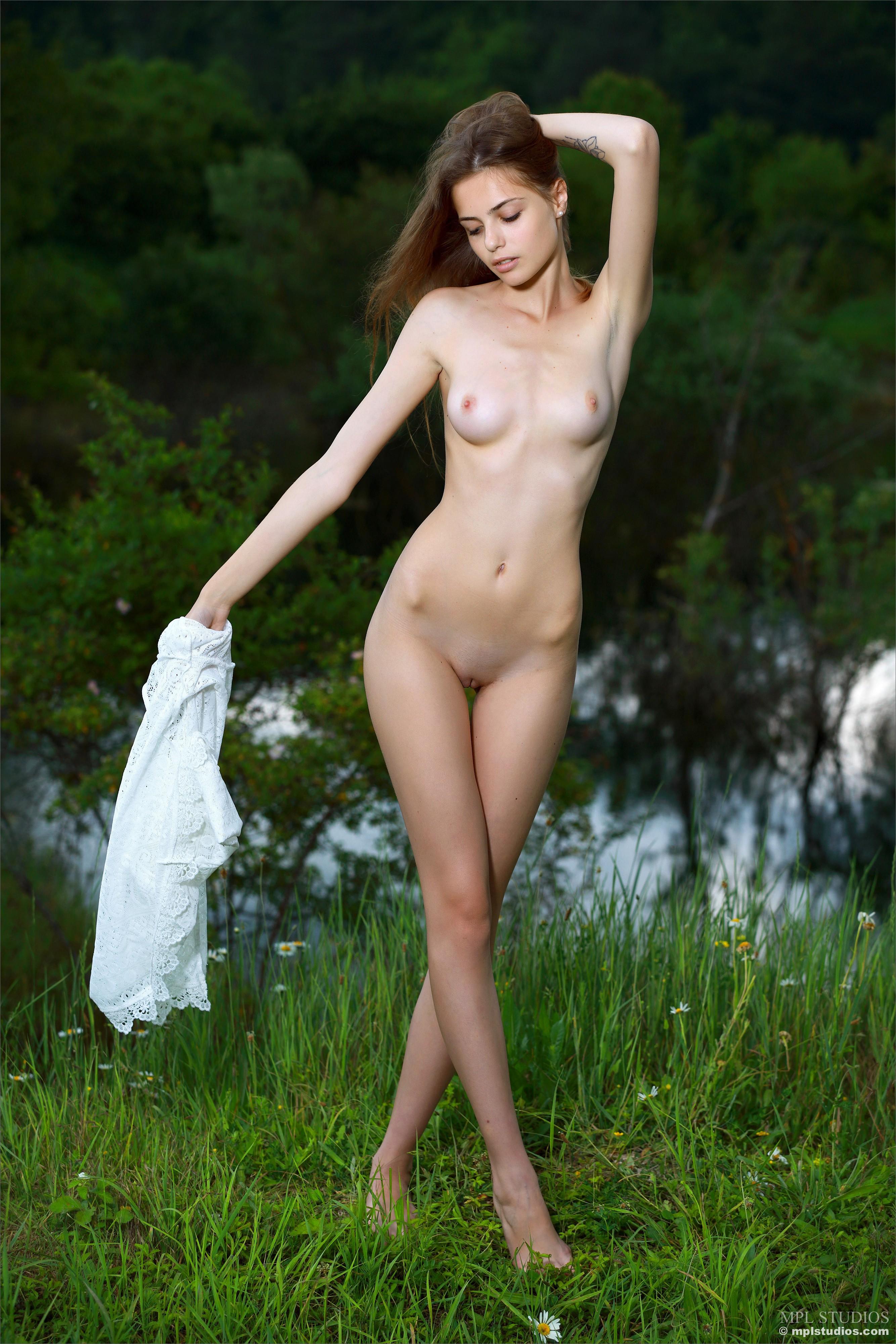 Фото вьетнамки голые на природе — 7