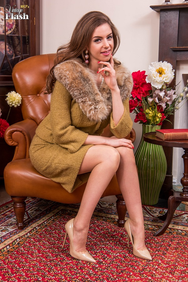 [VintageFlash.com] Stella Cox - Invitation...to perform! [2017 г., Beige Nylons, Big Tits, Blonde, Designer, Full Fashioned, Garter Belt, Masturbation, Panties, Pencil Skirt, Suit, Tan Nylons, 1080p]